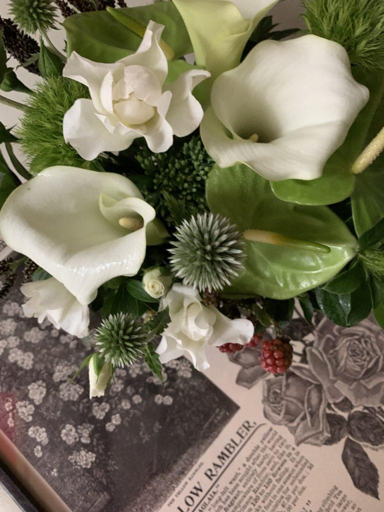 7月フラワーレッスンのお知らせ 〜パリの花遊びコース〜